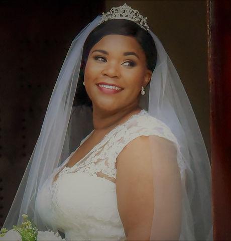 Trese bridal pic 2.jpg