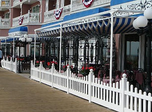 outside-dining-at-victoria.jpg