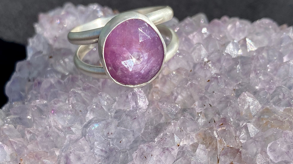 Silky Star Sapphire Ring