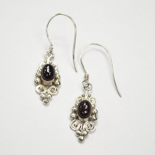 Amethyst Stone Dangling Earring 534085