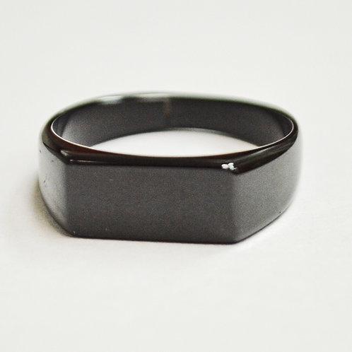 SIGNET BLACK PLATED RING (7x16mm) 81-1210B-1