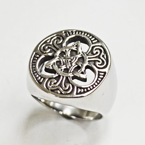 Triquetra Symbol Ring (21mm) 81-1315
