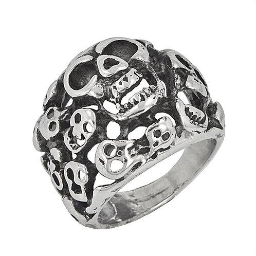 Graveyard Skull Ring (22mm) 81-636