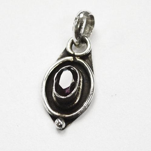 Garnet Stone Pendant Sterling Silver 563011