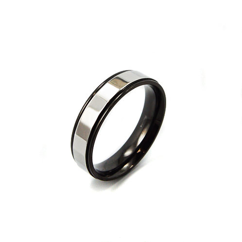 Black and White Ring 81-978