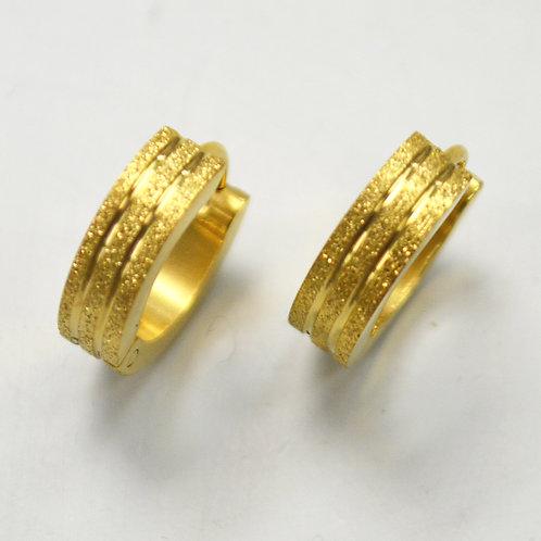 Gold IP Plated Huggies Earring 83-253G