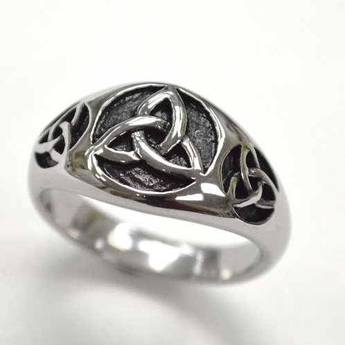 Triquetra Symbol Ring  81-1437