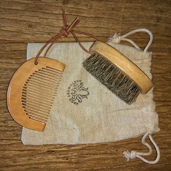 Peine y cepillo para barba