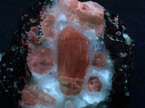 Fluorapatite in Jumillaite