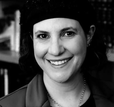 Sara Hurwitz 1977
