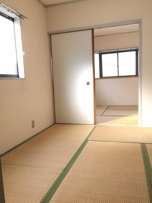 金田町一丁目借家3階和室二間