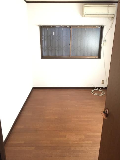金田町一丁目借家3階洋室