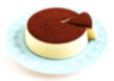 可可舒芙蕾蒸蛋糕 自然食尚 媲美法式SOUFFLÉ的空氣感雲柔細緻,高雅的鬆軟濕潤,法國頂級VALRHONA可可粉的堅果馥郁,新鮮檸檬迷人的酸甜滋味,雪泡般入口即化的夢幻食感。健康食材、無添加、全程健康的100℃水蒸氣低溫炊蒸,兼顧美味與健康,滿足你對蛋糕的一切期待。