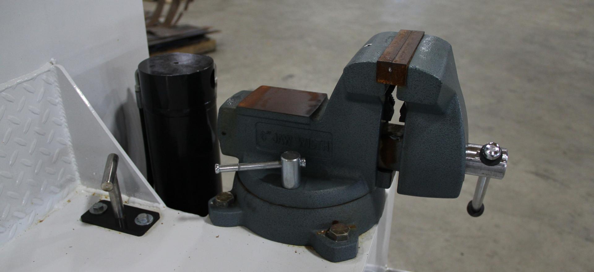 vise mount on service body.JPG