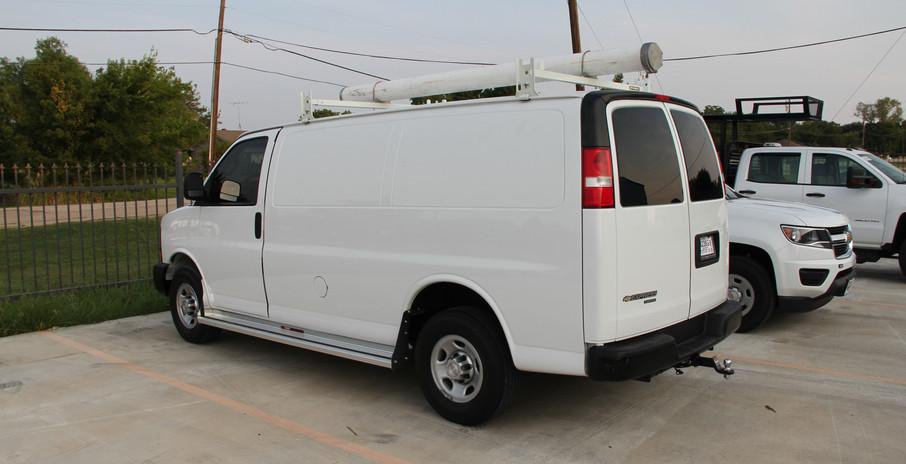Van with Conduit Carrier Roof.JPG