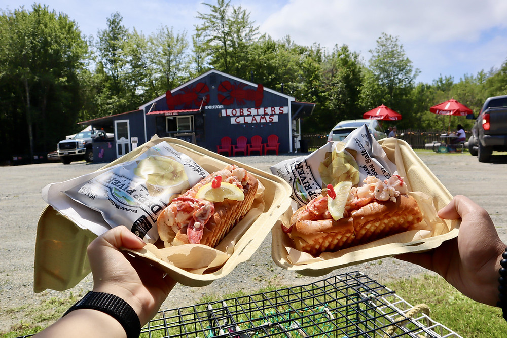 The Best Lobster Roll in Maine - C-Ray Lobster Bar Harbor, Maine by Biteinerary