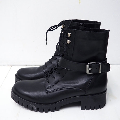 ZIGN Buckled Lace up Boots