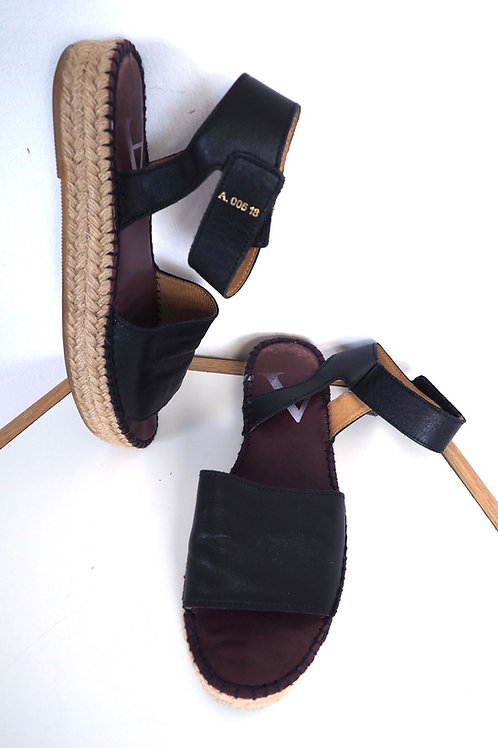 ACT SERIES Espadrilles Sandals
