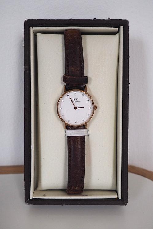 DANIEL WELLINGTON Manual Watch