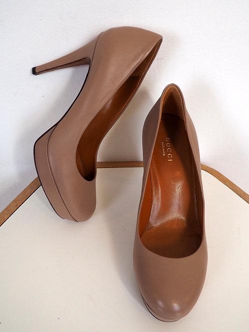 GUCCI Nude Platform Heels