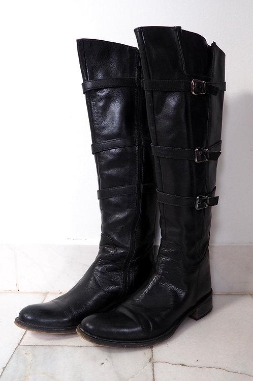 BUFFALO Buckled Boots