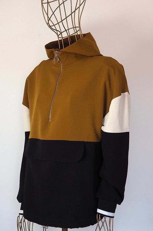 ZARA Contrast Light Sweater