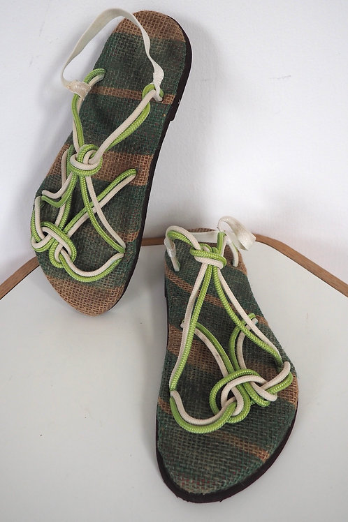 HIKEZONE Recycled Sandals