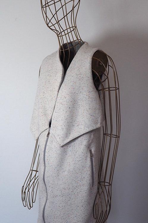 USE UNUSED Asymmetric Zip Vest