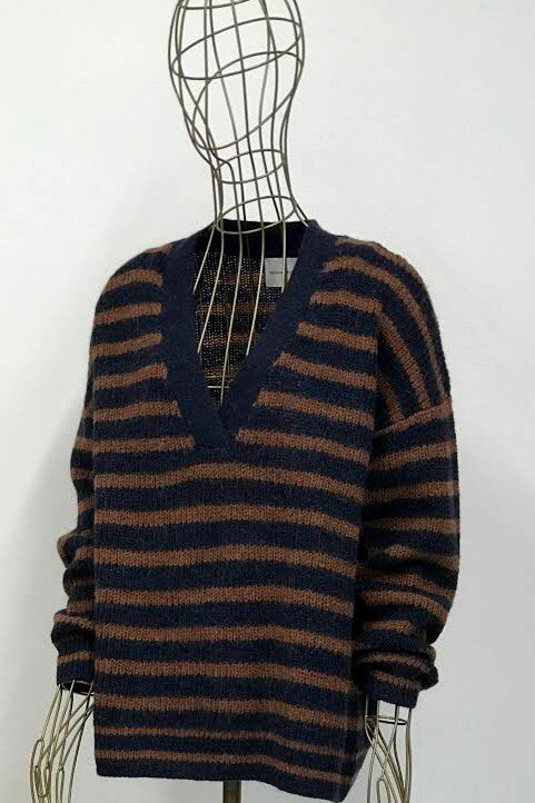 Second Female V-neck Knitwear