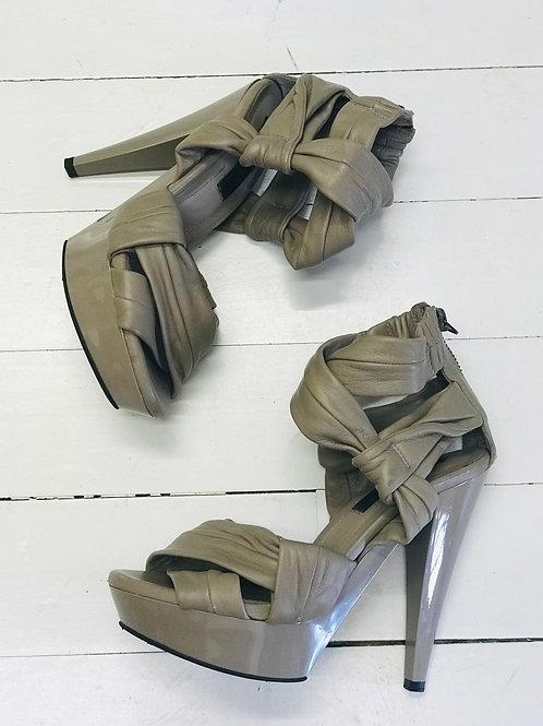 BURBERRY PRORSUM Bandage Heels