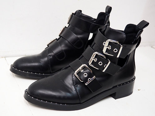 PULL&BEAR Buckled Boots