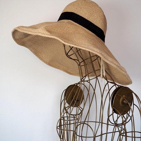 OYSHO Oversized Sun Hat