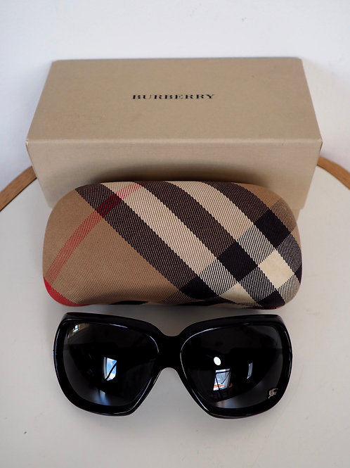 BURBERRY Black Sunglasses