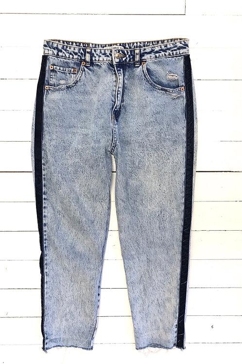 Pull&Bear Mom Jeans with Velvet