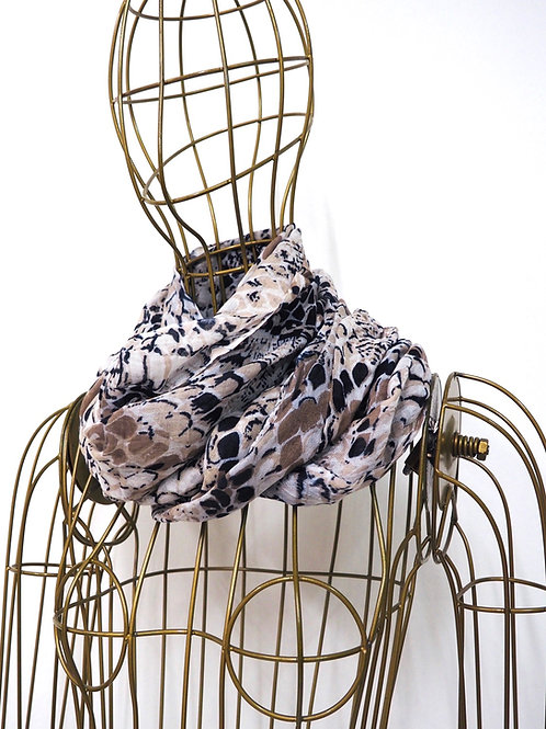 Snakeprinted Round Scarf