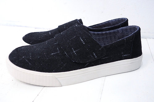 TOMS Woven Slip on Sneakers