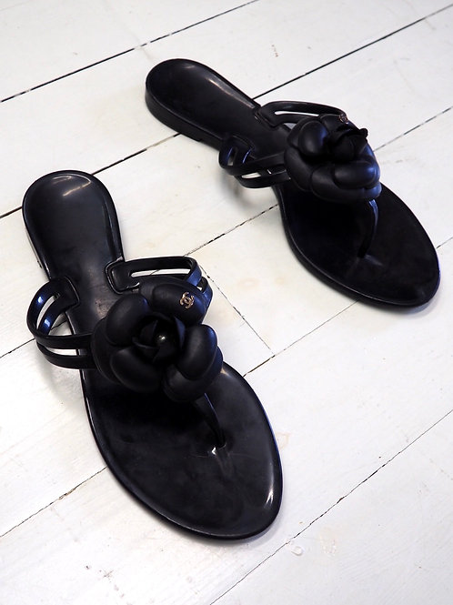 CHANEL Rubber Cammelia Thong Sandals