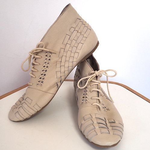 TOPSHOP Woven Leather Shoes