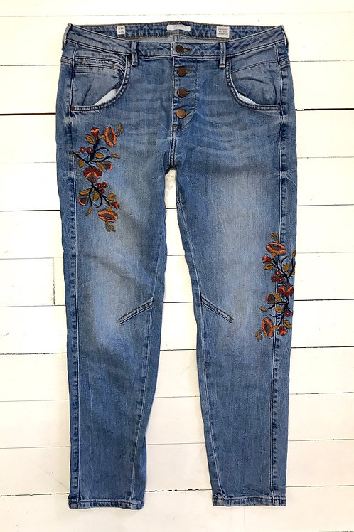 MUSTANG Embroidered Jeans