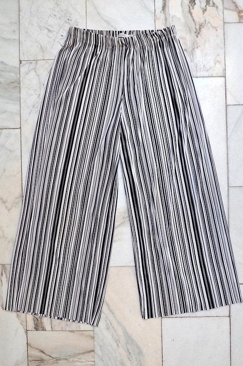 BERSHKA Pleated Stripe Culotte