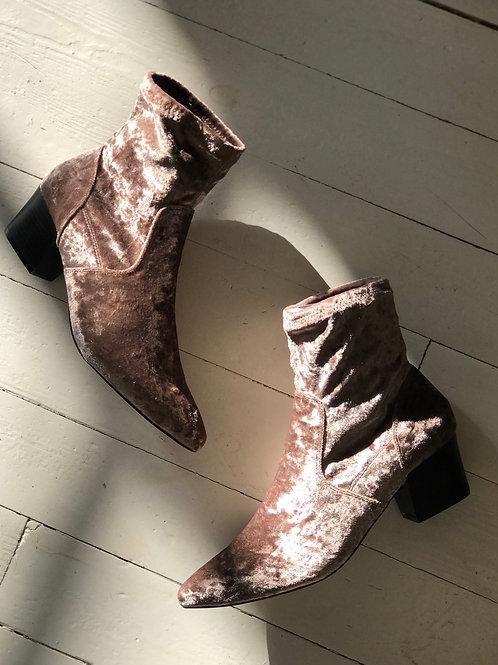 ASOS Velvet Ankleboots