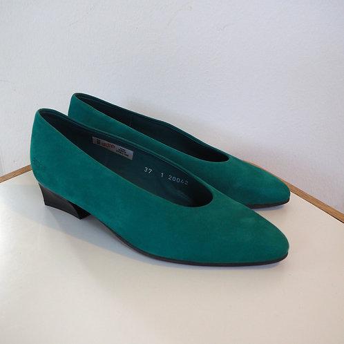 ARCHÉ Nubuck Leather Flats