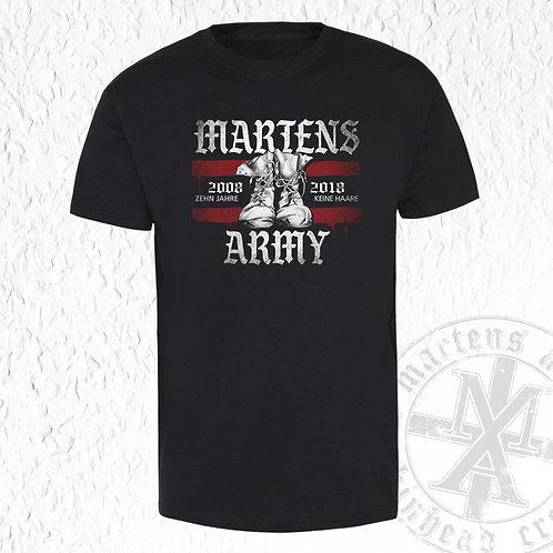 """Martens Army - """"10 Jahre keine Haare"""" T-Shirt"""