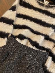 Gonna vintage con maglione Saint Laurent