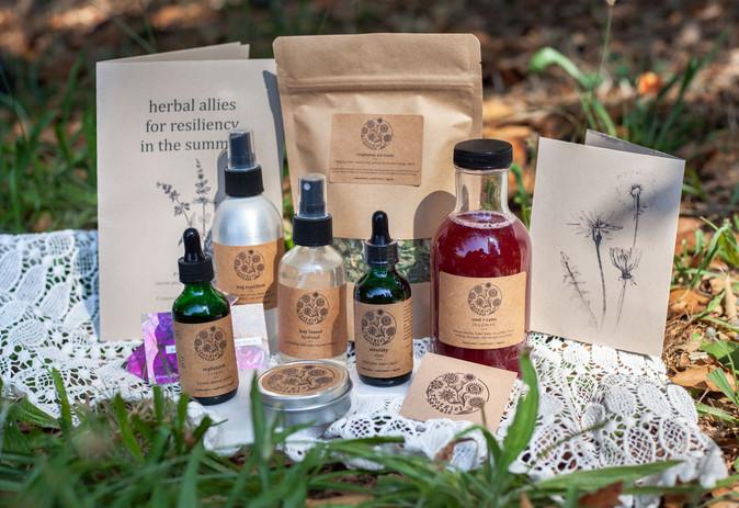 Root-Girl-Herbals-Summer-Box.jpg