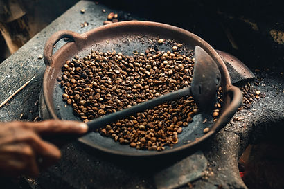 coffee-beans-on-round-wok-2711959.jpg