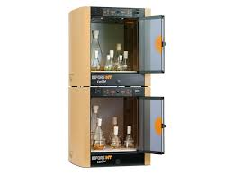 Ecotorn Shaker incubators (2x, one r