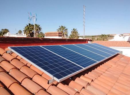¿Compras de pánico? Anota paneles solares en tu lista