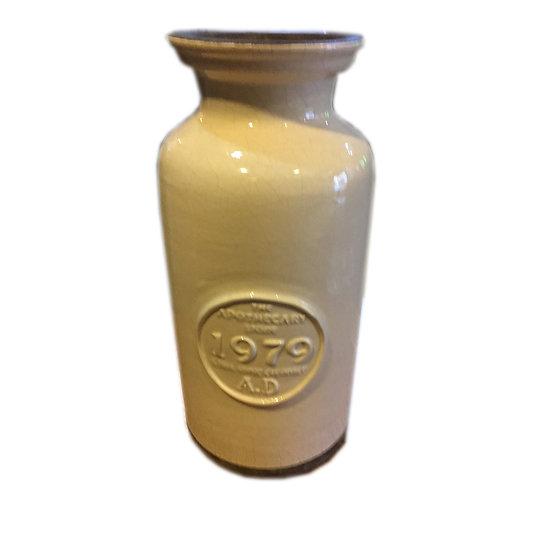 1929 Off-White Ceramic Vase
