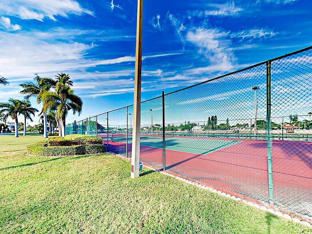 Tennis at Land's End, Treasure Island, FL